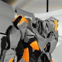 움직이는 로봇 만든게 자랑